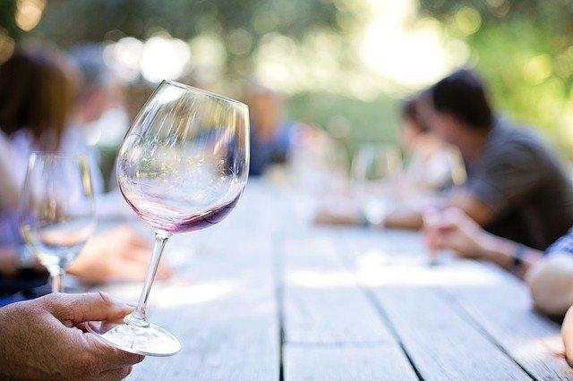 5 knih pro milovníky vín, které by neměly chybět v jejich knihovně