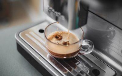 Jak vybrat automatický a pákový kávovar?