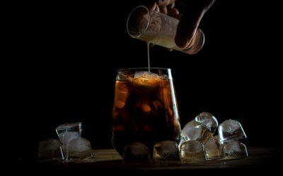 Božské osvěžení: 3 recepty na domácí ledovou kávu